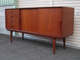 TEAK LOW SIDEBOARD