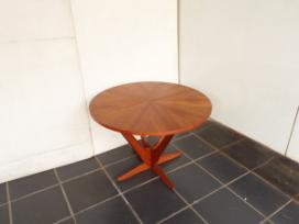 KUBUS TEAK ROUND LOW TABLE