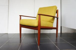 TEAK EASY CHAIR